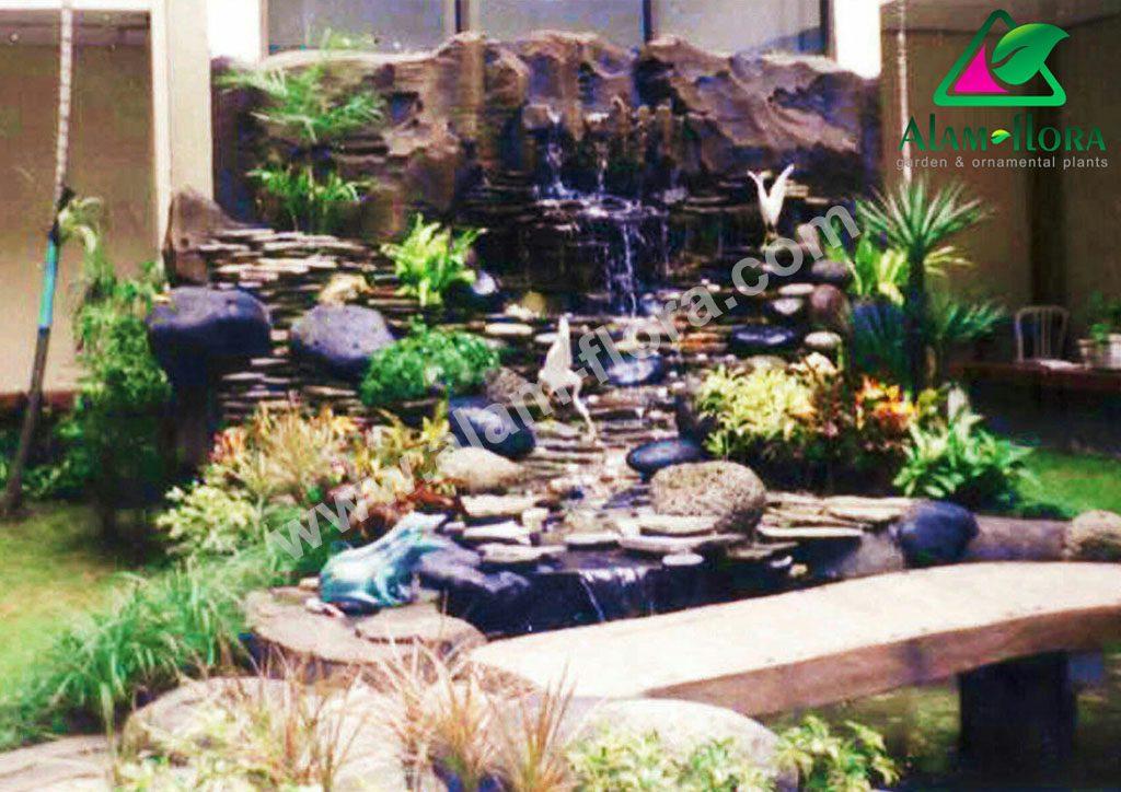 kolam klasik tebing 33