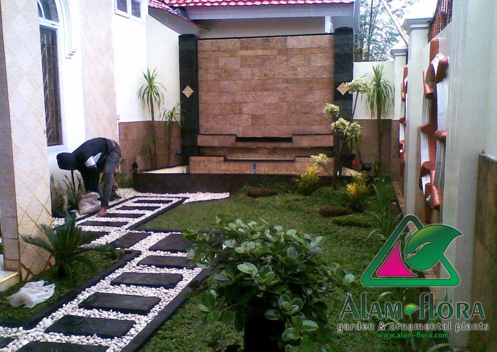 desain taman rumah minimalis dengan air terjun mini